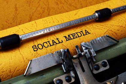 cotswold colleague- virtual assistant-services-social media-typewriter-text